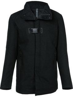 стеганое пальто с пряжкой Devoa