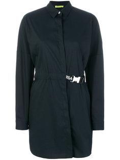 длинная рубашка  с ремешком на спине Versace Jeans