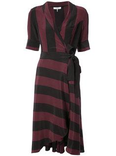 полосатое платье с завязками на поясе Ganni