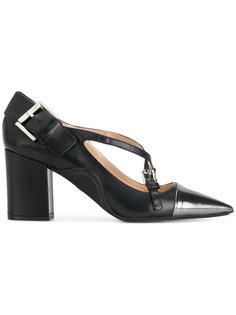 туфли-лодочки с ремешками крест-накрест Nº21