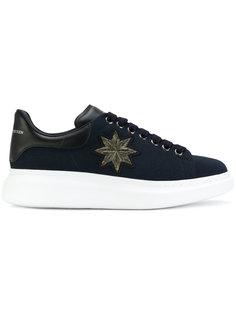 кроссовки с вышивкой на увеличенной подошве Alexander McQueen