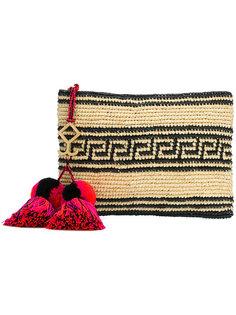 плетеный клатч с кисточками Yosuzi