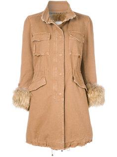 пальто с меховой оторочкой  Bazar Deluxe