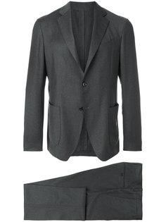 строгий костюм Lardini