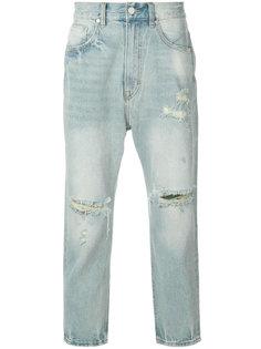 укороченные джинсы с рваными деталями Stampd