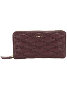 стеганый кошелек на молнии  DKNY