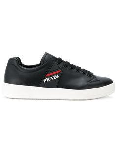 кроссовки на утолщенной платформе Prada