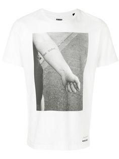 футболка с фото принтом Diesel