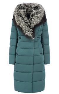 Пальто на искусственном пуху с отделкой мехом чернобурки La Reine Blanche