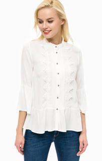 Белая блуза на пуговицах More & More