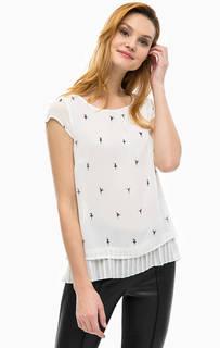 Блуза с плиссированной вставкой Comma