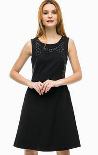 Черное платье с металлическим декором Comma