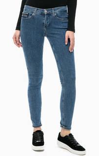 Джинсы скинни со стандартной посадкой Calvin Klein Jeans