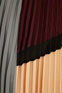 Плиссированная юбка color blocking Adolfo Dominguez