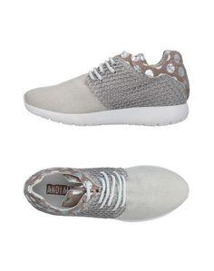 Низкие кеды и кроссовки AndÌa Fora
