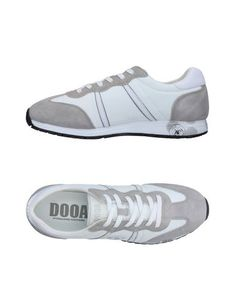 Низкие кеды и кроссовки Dooa