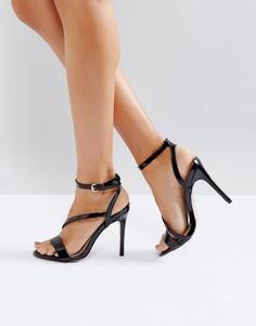 Асимметричные босоножки на каблуке Miss KG - Черный