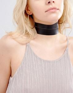 Ожерелье-чокер из кожзаменителя с позолоченной цепочкой Vanessa Mooney - Черный