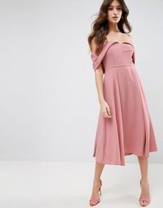 Платье миди для выпускного с открытыми плечами и отворотом ASOS - Розовый
