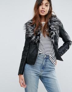 Куртка из искусственного кожи с воротником из искусственного меха Brave Soul Betina - Черный