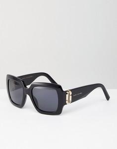 Квадратные солнцезащитные очки в массивной оправе Marc Jacobs - Черный
