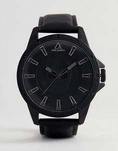 Монохромные оверсайз-часы с черепом и камнями ASOS - Черный