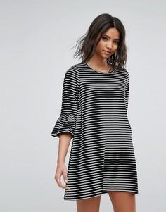 Платье А-силуэта в полоску с расклешенными рукавами Vero Moda - Черный