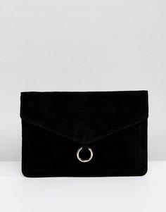 Замшевый клатч-конверт с кольцом ASOS - Черный