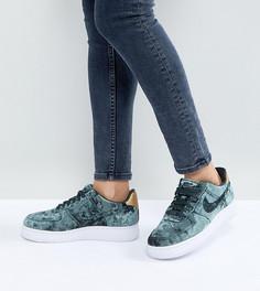 Бархатные кроссовки цвета хаки Nike Air Force 1 07 - Зеленый