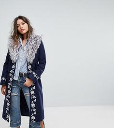 Пальто с запахом и пушистой отделкой премиум-класса Dolly & Delicious - Темно-синий
