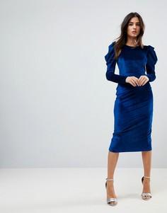 Бархатное платье-футляр со сборками на плечах ASOS - Синий