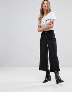 Укороченные брюки со шнуровкой New Look - Черный