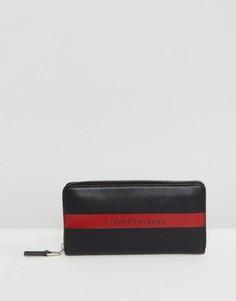 Кожаный бумажник на молнии с логотипом Calvin Klein Jeans - Черный