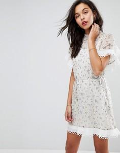 Платье мини с цветочным принтом и оборками Stevie May - Мульти
