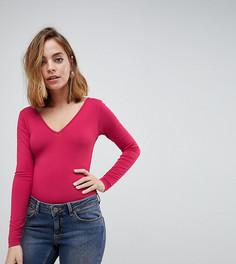 Боди с длинными рукавами и V-образным вырезом на груди и спине ASOS PETITE - Розовый