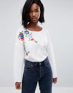 Блузка с вышивкой Boohoo - Белый