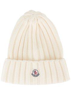трикотажная шапка в рубчик Moncler