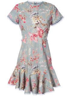 платье с цветочным узором и рюшами Zimmermann