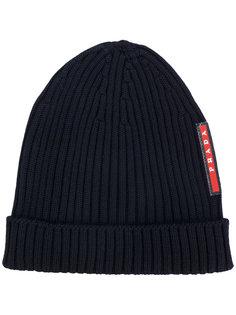 классическая шапка Prada