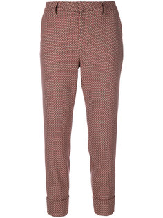 укороченные брюки с принтом  Closed
