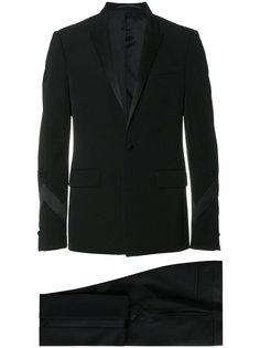 костюм с вышитыми звездами Givenchy