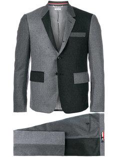 деловой костюм с контрастными панелями Thom Browne