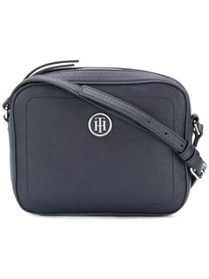 сумка с бляшкой-логотипом Tommy Hilfiger