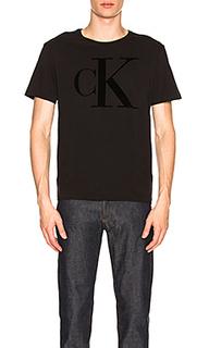 Футболка flocked logo - Calvin Klein