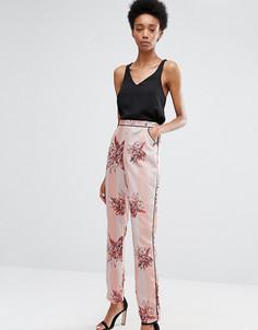Пижамные брюки‑сигареты с цветочным принтом и полосками Alter Tall - Мульти