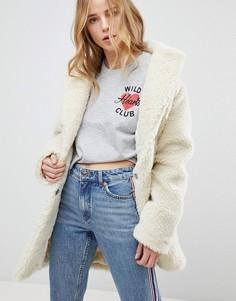 Пальто из мягкого искусственного меха New Look - Кремовый