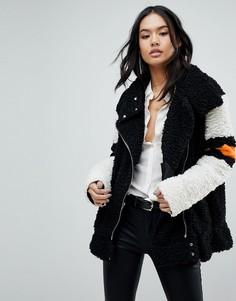 Пушистая куртка с контрастными полосками Blank NYC - Черный