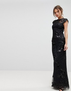 Платье макси с высоким воротом и отделкой Chi Chi London - Черный