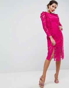 Прямое кружевное платье миди с оборкой ASOS - Розовый