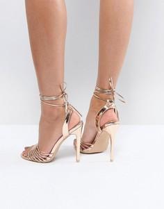 Босоножки на каблуке цвета розового золота True Decadence - Золотой